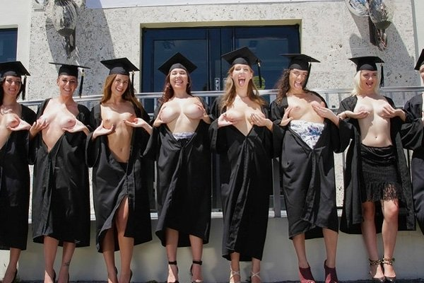 crazycollegegfs-graduation-day