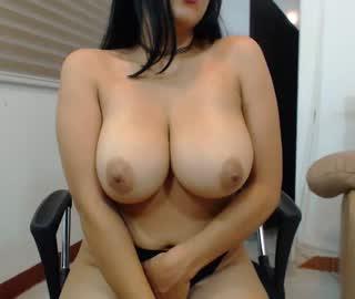 big tits cam girls